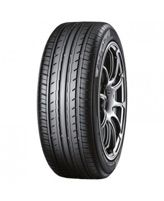 Лятна гума 185/65 R15 88H TL BLUEARTH-ES ES32 от YOKOHAMA за леки автомобили