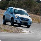 Summer-tyres-Goodyear-EficientGrip-SUV-Повишена-прецизност-при-управление-и-работа
