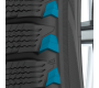 toyo_studless_performance_winter_tire_shoulder_wedge